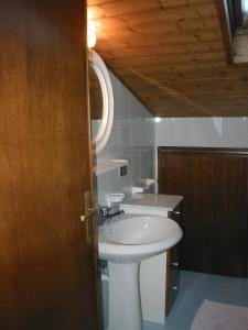 Casa Collini, Ferienwohnungen  Pinzolo - big - 94