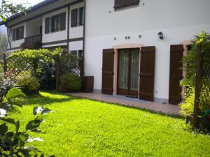 Casa Collini, Ferienwohnungen  Pinzolo - big - 26