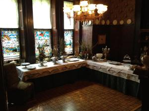 The Harry Packer Mansion Inn