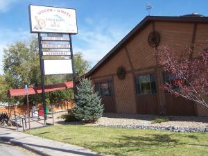 Wagon Wheel Restaurant, Bar & Motel
