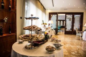 Domus Caesari, Hotels  Marino - big - 13