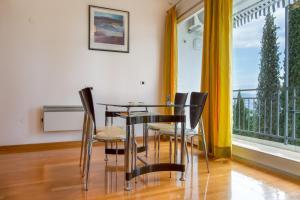 Apartment Near The Beach, Ferienwohnungen  Ičići - big - 9