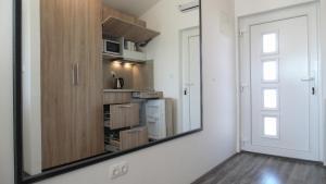 Refresh Boutique Apartments, Apartmanok  Vodice - big - 3