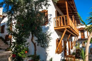 Courtyard, Hotely  Kalkan - big - 49