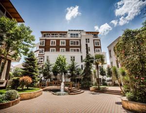 Тирана - Prestige Hotel