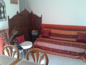 Aux Amandiers, Bed and Breakfasts  Fréjus - big - 23