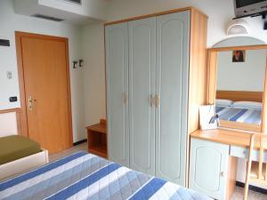Hotel Aquila D'Oro, Szállodák  Misano Adriatico - big - 14