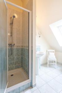 Villa Tracy sur Mer, Affittacamere  Arromanches-les-Bains - big - 10