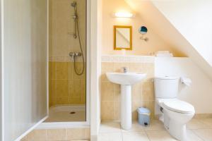 Villa Tracy sur Mer, Affittacamere  Arromanches-les-Bains - big - 54