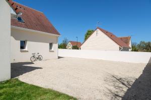 Villa Tracy sur Mer, Affittacamere  Arromanches-les-Bains - big - 52