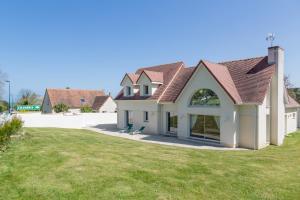 Villa Tracy sur Mer, Affittacamere  Arromanches-les-Bains - big - 1