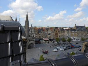 Holiday Home Ieper Market Square, Nyaralók  Ypres - big - 6