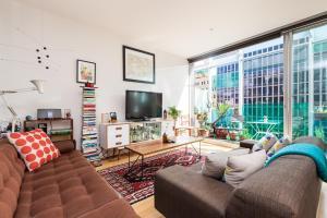 Zelda - Beyond a Room Private Apartments - Melbourne CBD, Victoria, Australia