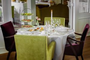 Mezzo Restaurant & Kamers