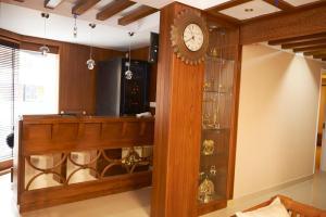Srivar Hotels, Отели  Guruvāyūr - big - 32