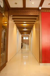 Srivar Hotels, Отели  Guruvāyūr - big - 33