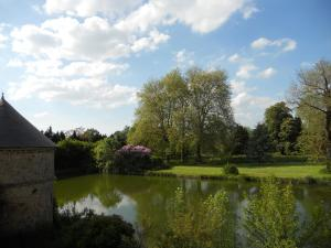 Le Logis d'Equilly, Bed and breakfasts  Équilly - big - 15