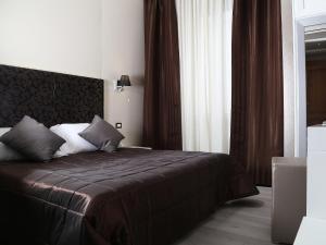 Piccolo di Piazza di Spagna Suites, Penzióny  Rím - big - 8
