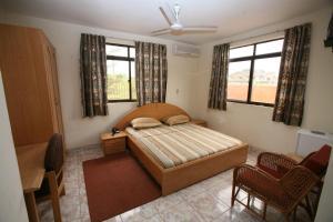 Gussys Hotel Ltd, Отели  Тема - big - 6