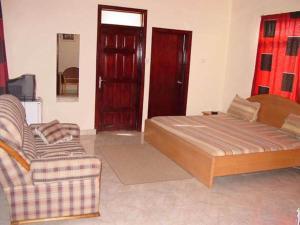 Gussys Hotel Ltd, Отели  Тема - big - 34