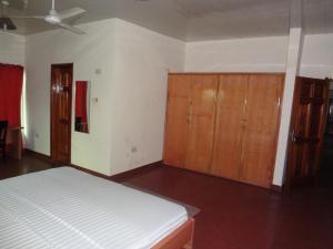 Gussys Hotel Ltd, Отели  Тема - big - 17