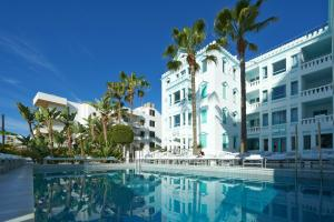 Hotel Es Vive - Adults Only
