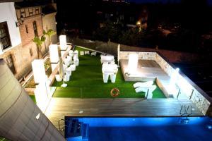 Costa Esmeralda Suites - Hotel - Suances