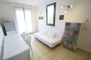 Villa Albaluisa, Ferienwohnungen  Bibione - big - 2
