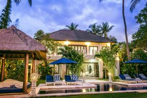 The Beach Front Villas North Bali
