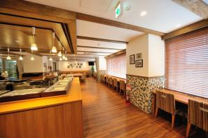 Tennen Onsen Taho-no-Yu Dormy Inn Niigata, Отели  Ниигата - big - 19