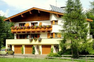 Ferienhaus - Appartements Padrins