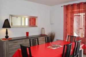 Loca-Moulins, Prázdninové domy  Saze - big - 12