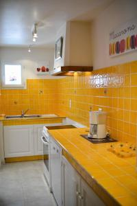 Loca-Moulins, Holiday homes  Saze - big - 13