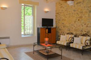Loca-Moulins, Holiday homes  Saze - big - 21