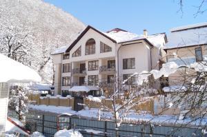 Green Hall Hotel, Hotels  Estosadok - big - 1