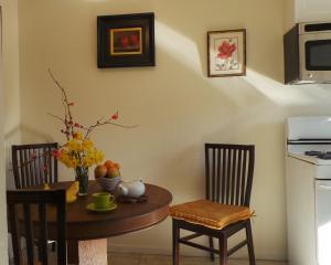Daffodil Suite, Ferienwohnungen  Placerville - big - 10