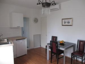 Apartment Toni, Apartments  Split - big - 2