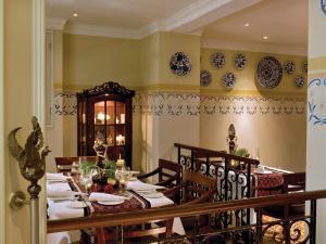 The Phoenix Hotel Yogyakarta - MGallery by Sofitel, Hotels  Yogyakarta - big - 71