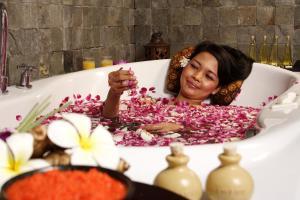 The Phoenix Hotel Yogyakarta - MGallery by Sofitel, Hotels  Yogyakarta - big - 66