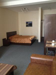 Отель Rhouse Inn - фото 2