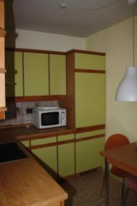 Apartment in Laatzen-Hannover, Apartments  Hannover - big - 5