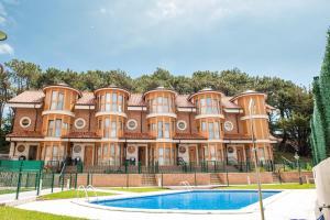 Apartamentos Torre Cristina