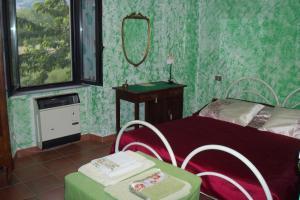 borgoeden, Bed and Breakfasts  Borgo Val di Taro - big - 4