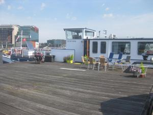 Passengership Avanti, Botely  Amsterdam - big - 15