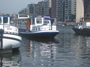 Passengership Avanti, Botely  Amsterdam - big - 47