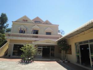 Tonle Sap Hotel & Restaurant