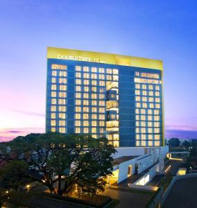 (DoubleTree by Hilton Jakarta - Diponegoro)