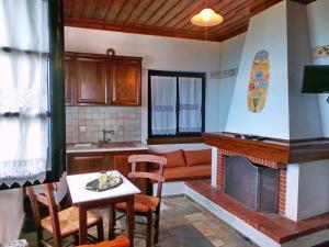 Vera's Traditional House, Апартаменты  Загора - big - 44