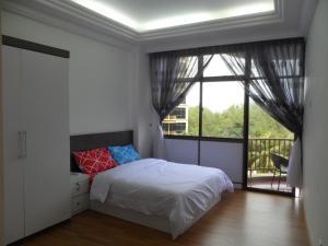 Lagenda Condominium Klebang Besar, Apartments  Melaka - big - 1