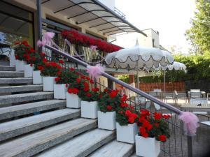 Hotel Lux, Hotel  Cesenatico - big - 46